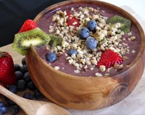 berry-kiwi-acai-bowl-3